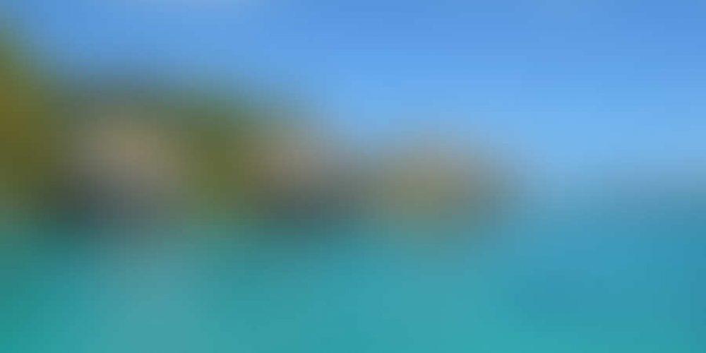 https://cc.edgarbv.com/wp-content/uploads/2014/03/bigstock-Luxury-Thatched-Roof-Honeymoon-48551621.jpg